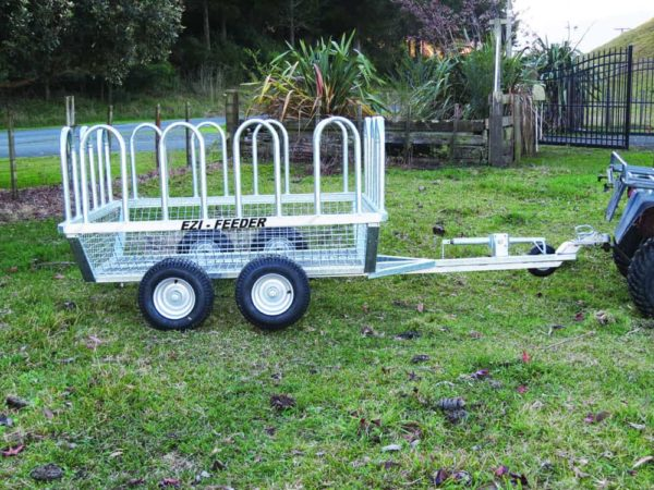 Large Bale Feeders - Ezi-Feeders Trailer with optional extra hoops